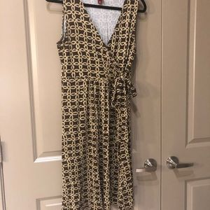 Brown and light brown pattern dress